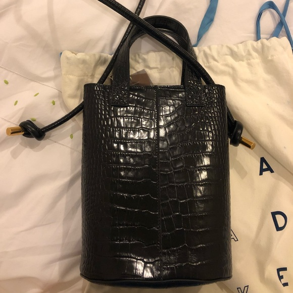 6d8d7c90ab0 Trademark Crocodile Garden Bag